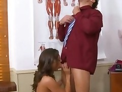 Schoolgirl lastly gets access to a huge aged schlong